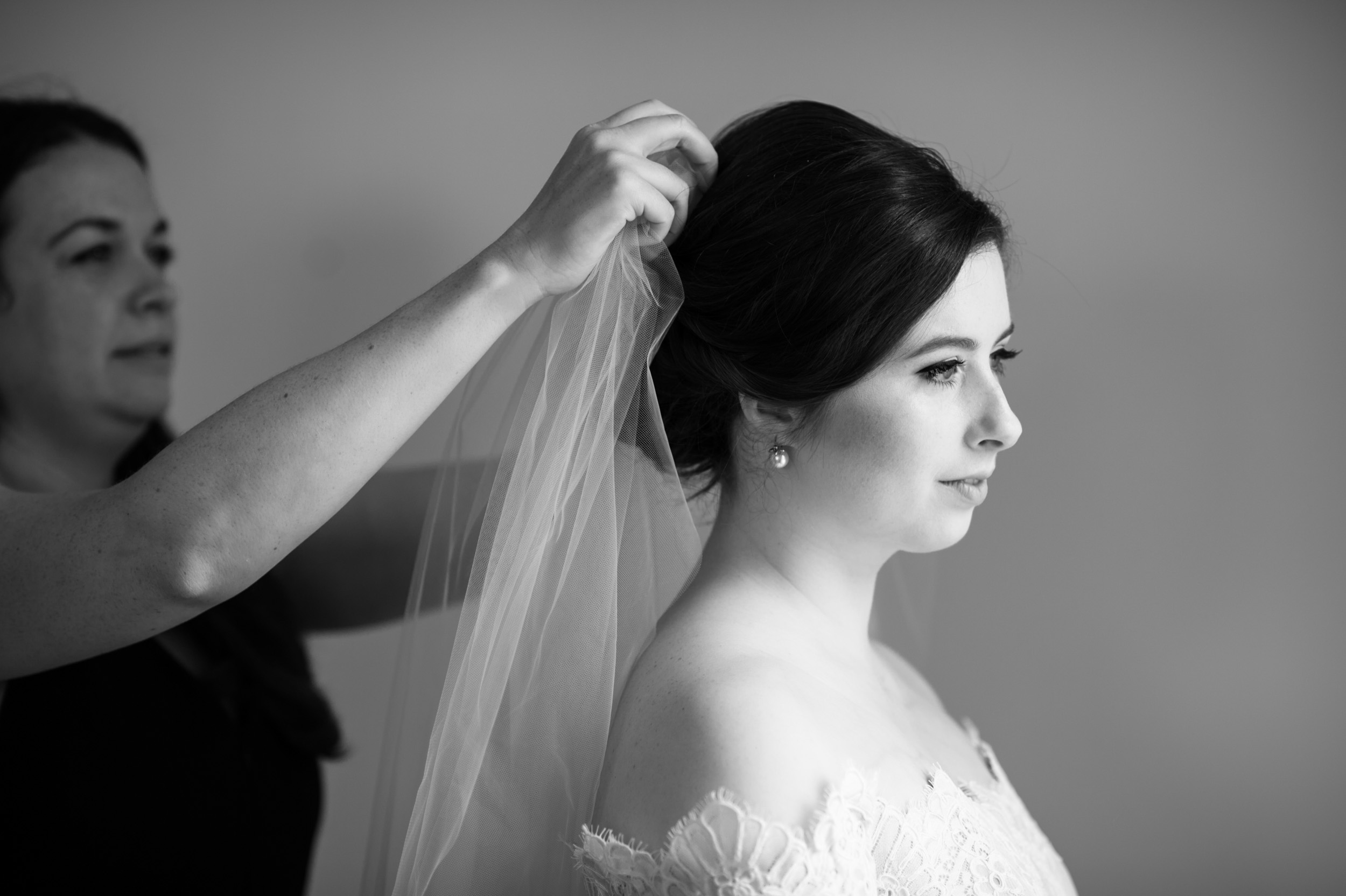 Photojournalistic wedding photography in Chicago
