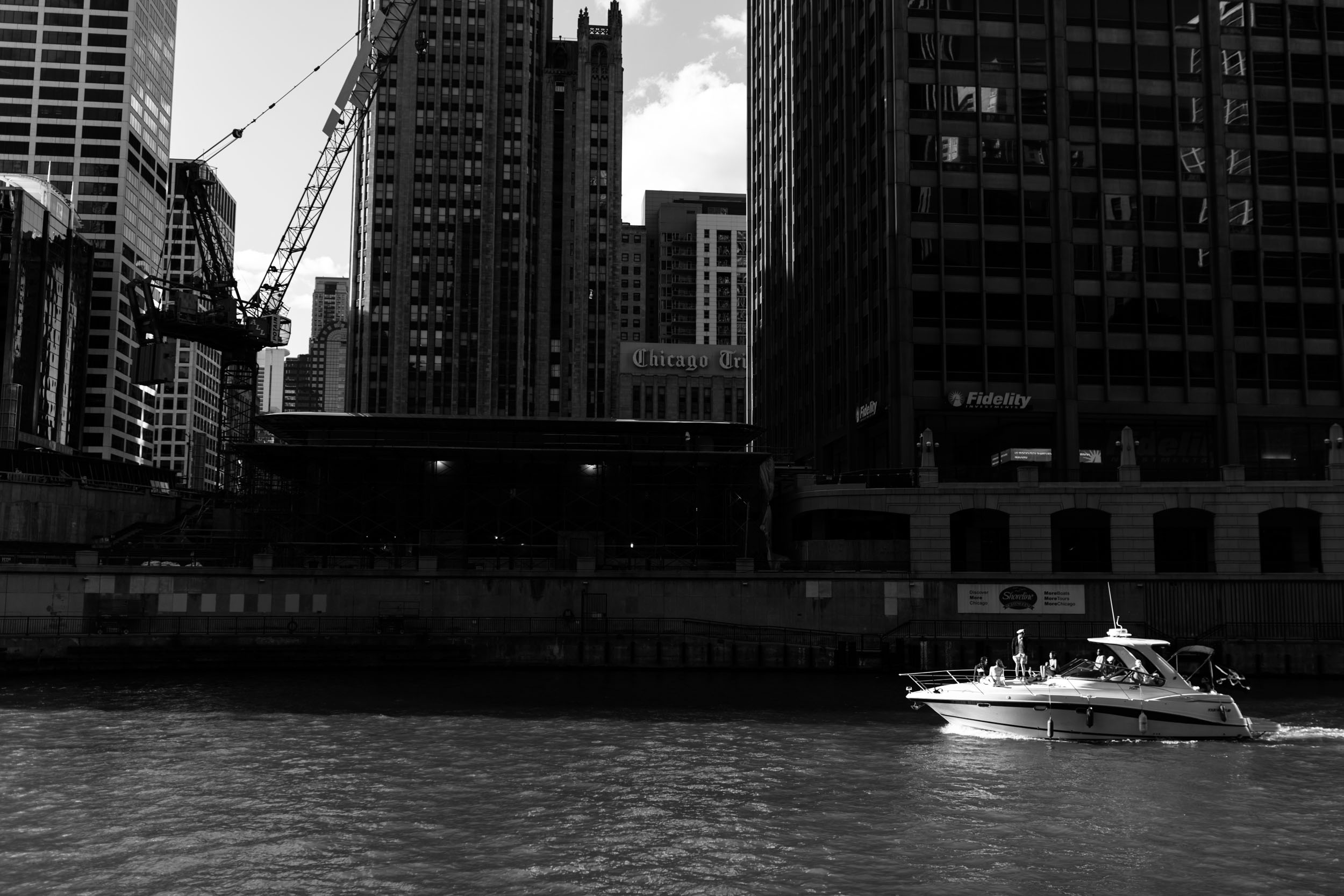 Laura and Jim got married on the Chicago River