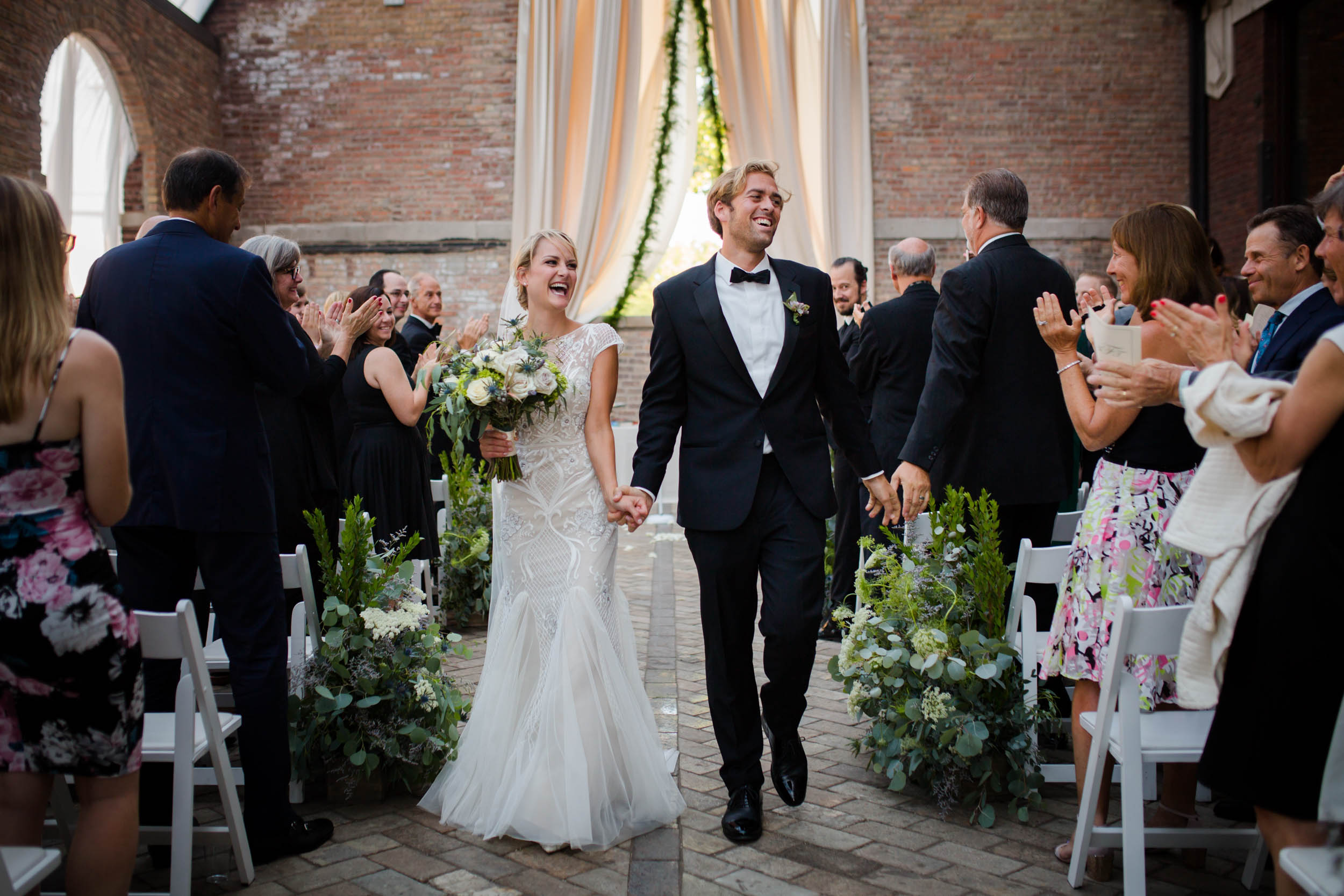 Amy and Troy had a romantic outdoor wedding ceremony at Bridgeport Art Center in Chicago.