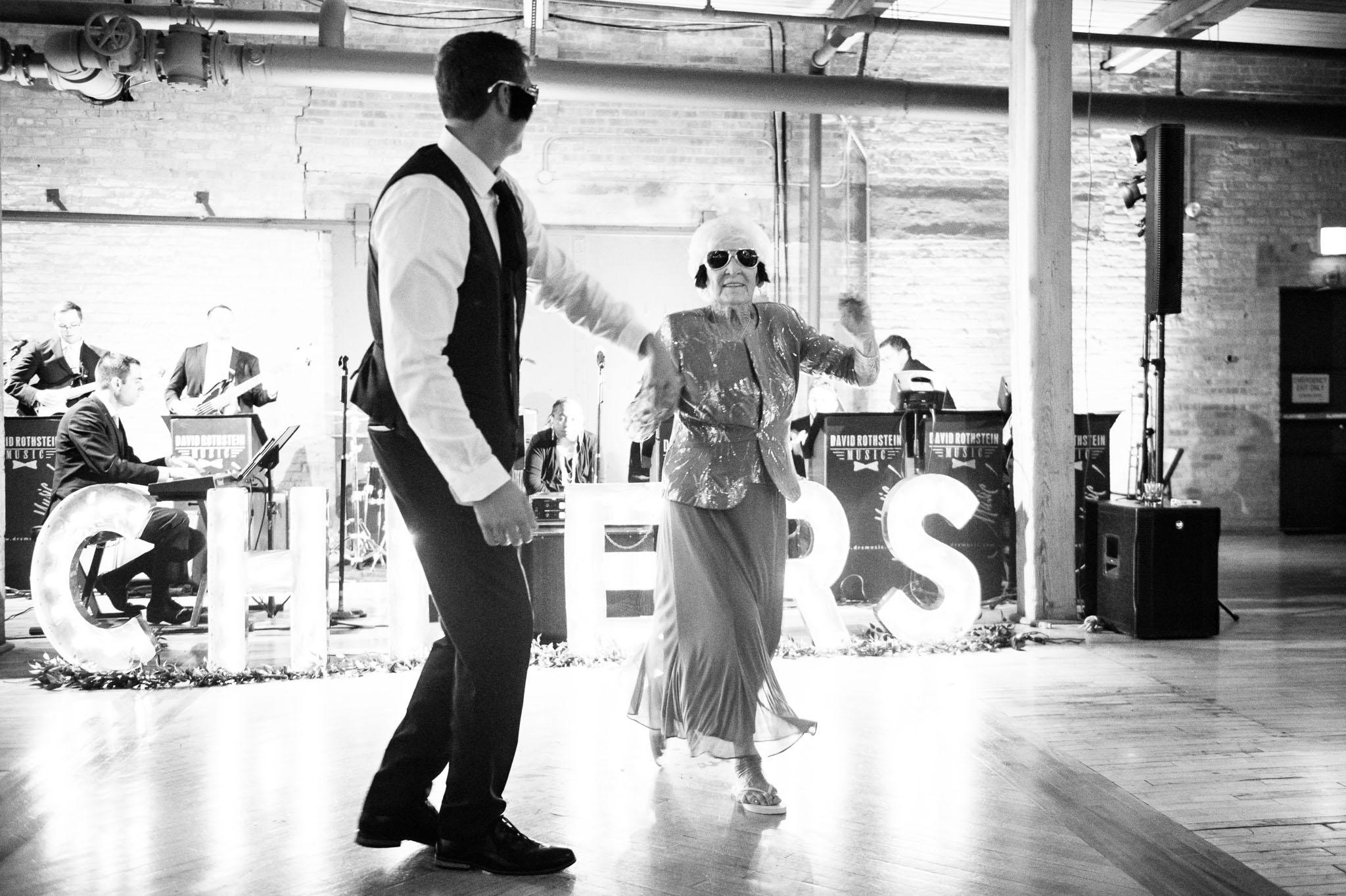bridgeport-art-center-wedding-photos-43.jpg