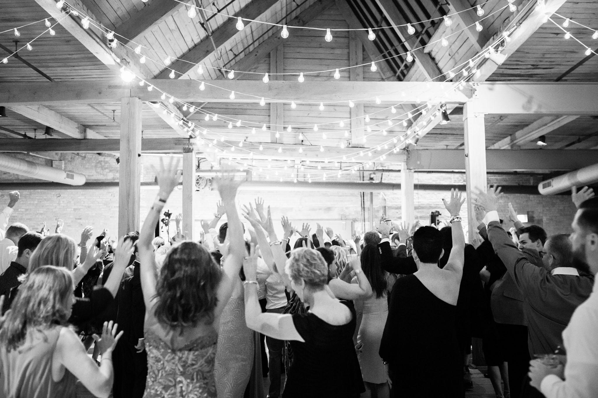 bridgeport-art-center-wedding-photos-44.jpg