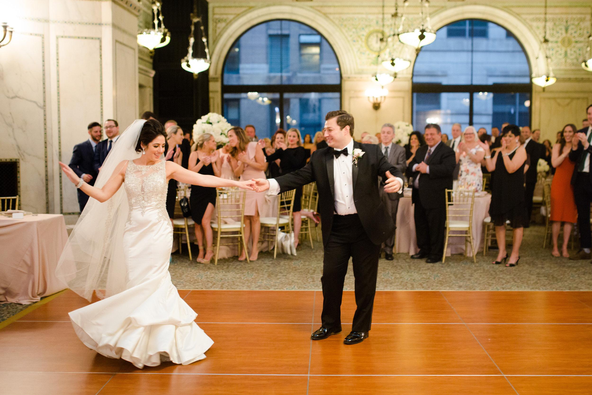 Classic Wedding Chicago Cultural Center45.jpg