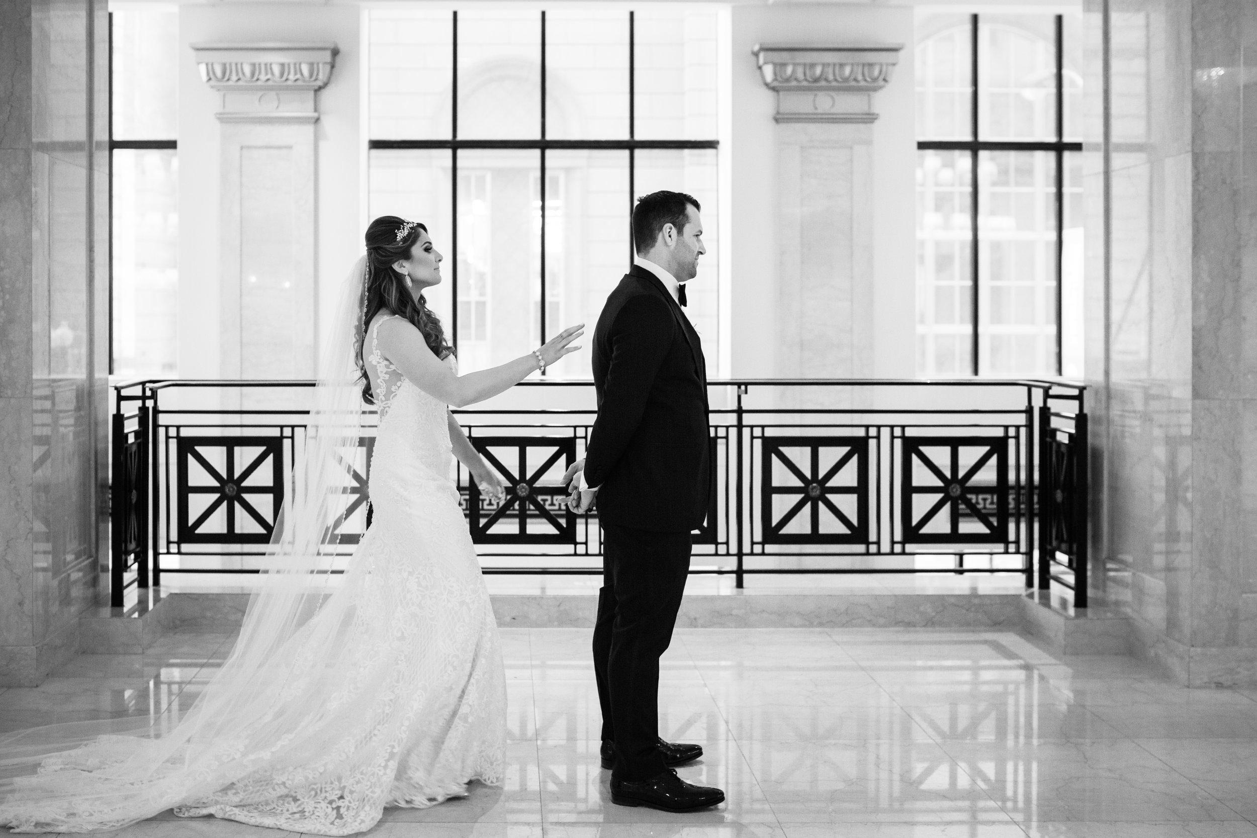 Elegant wedding at the JW Marriott Chicago5.jpg