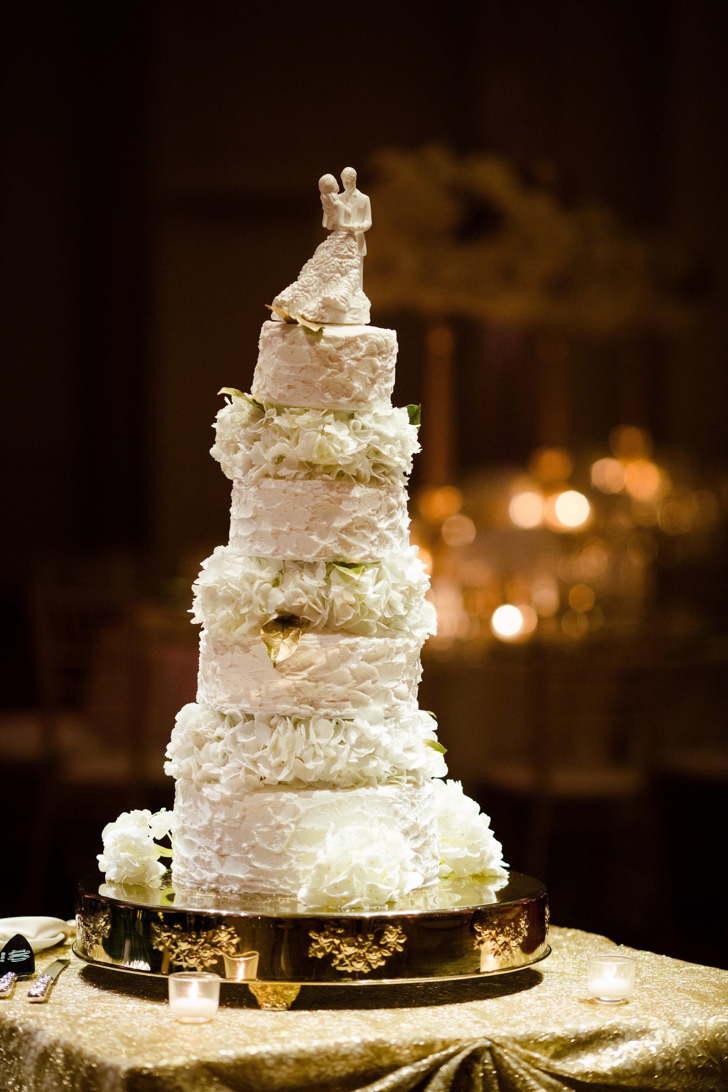 Elegant wedding at the JW Marriott Chicago24.jpg