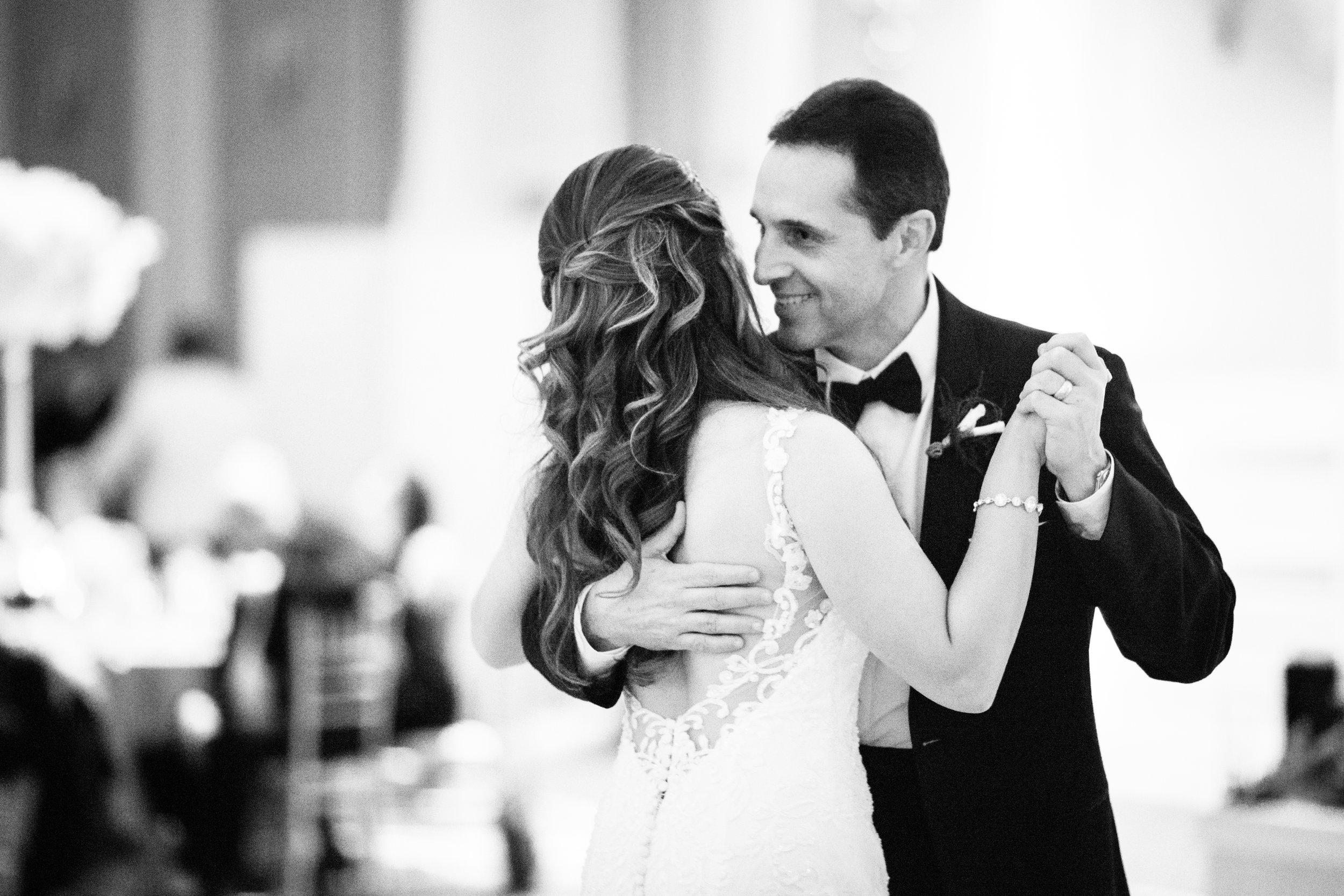 Elegant wedding at the JW Marriott Chicago32.jpg