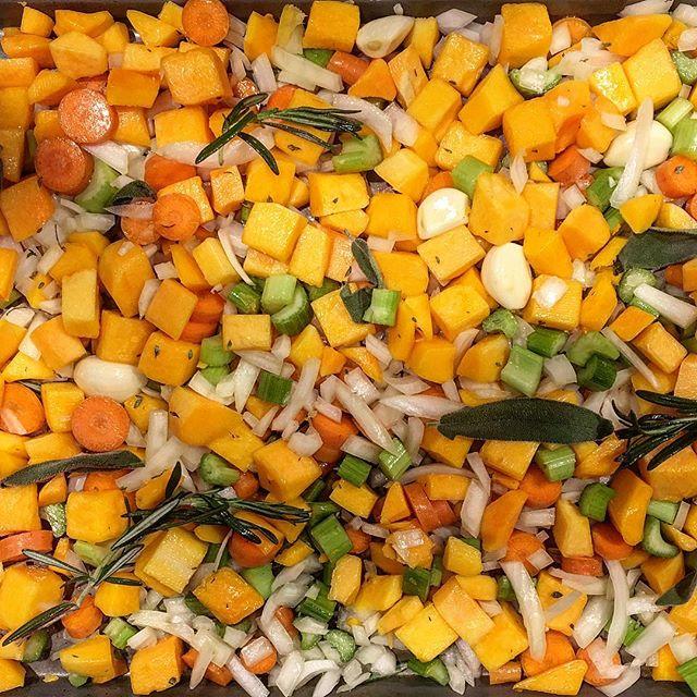 roasted veggies to make #butternutsquashsoup #nourishyourbody #warmth #foodherbs