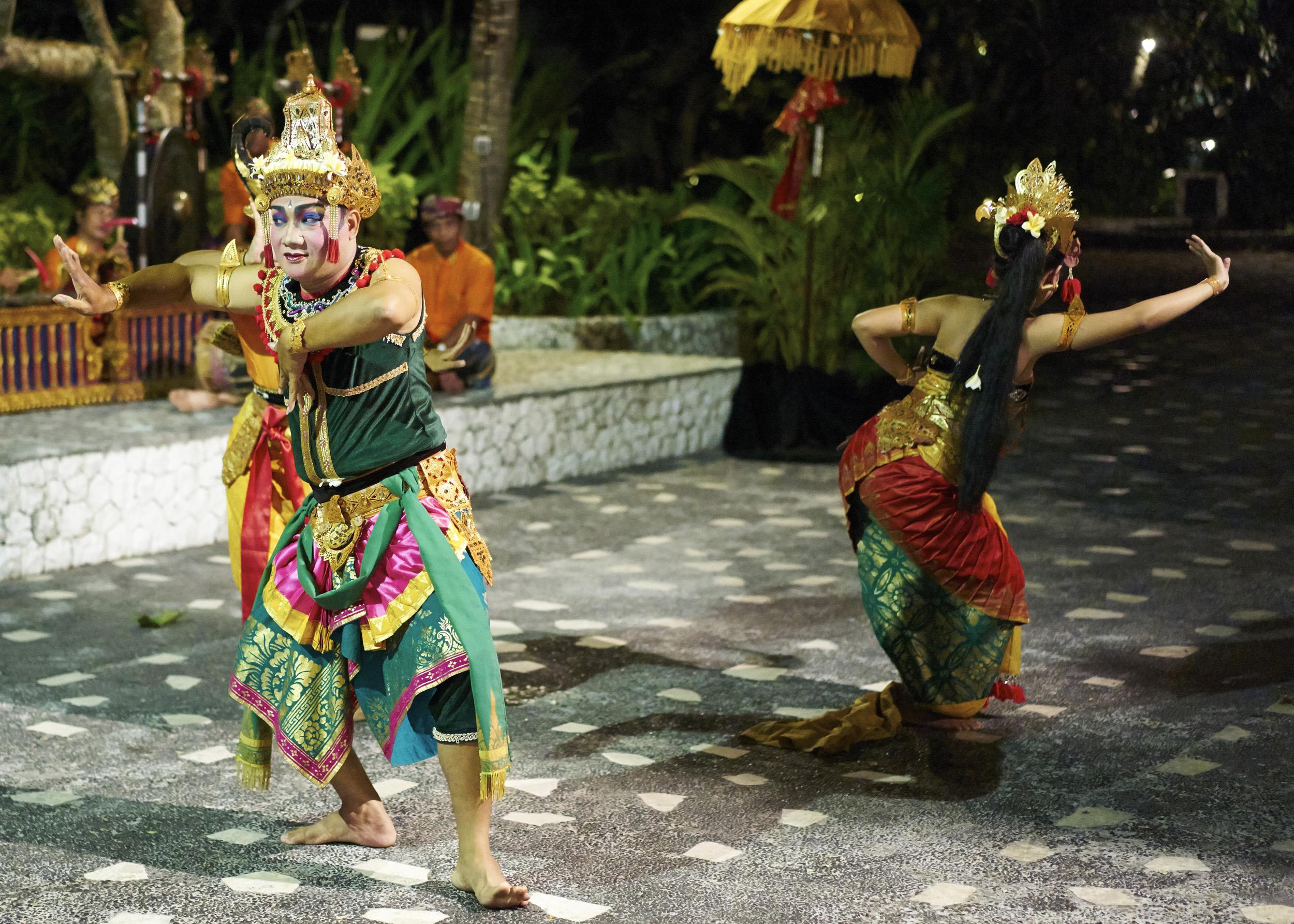 Balidance2.jpg