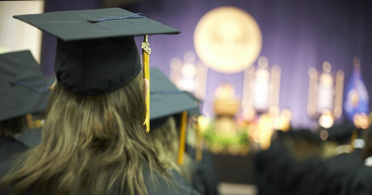 5 Business Lessons From Commencement Speeches_Funding Circle.jpeg