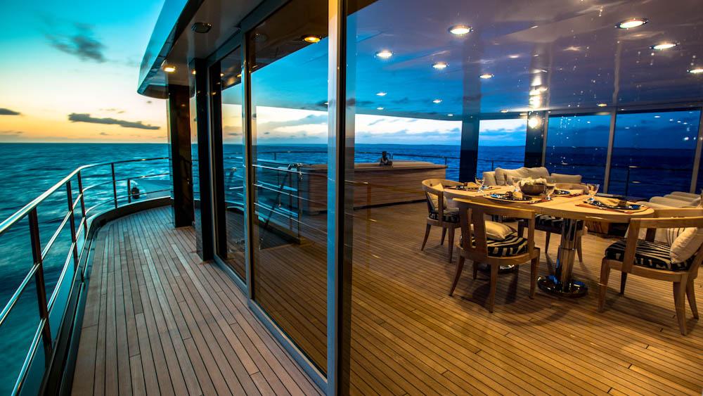 upper-aft-private-deck.jpg