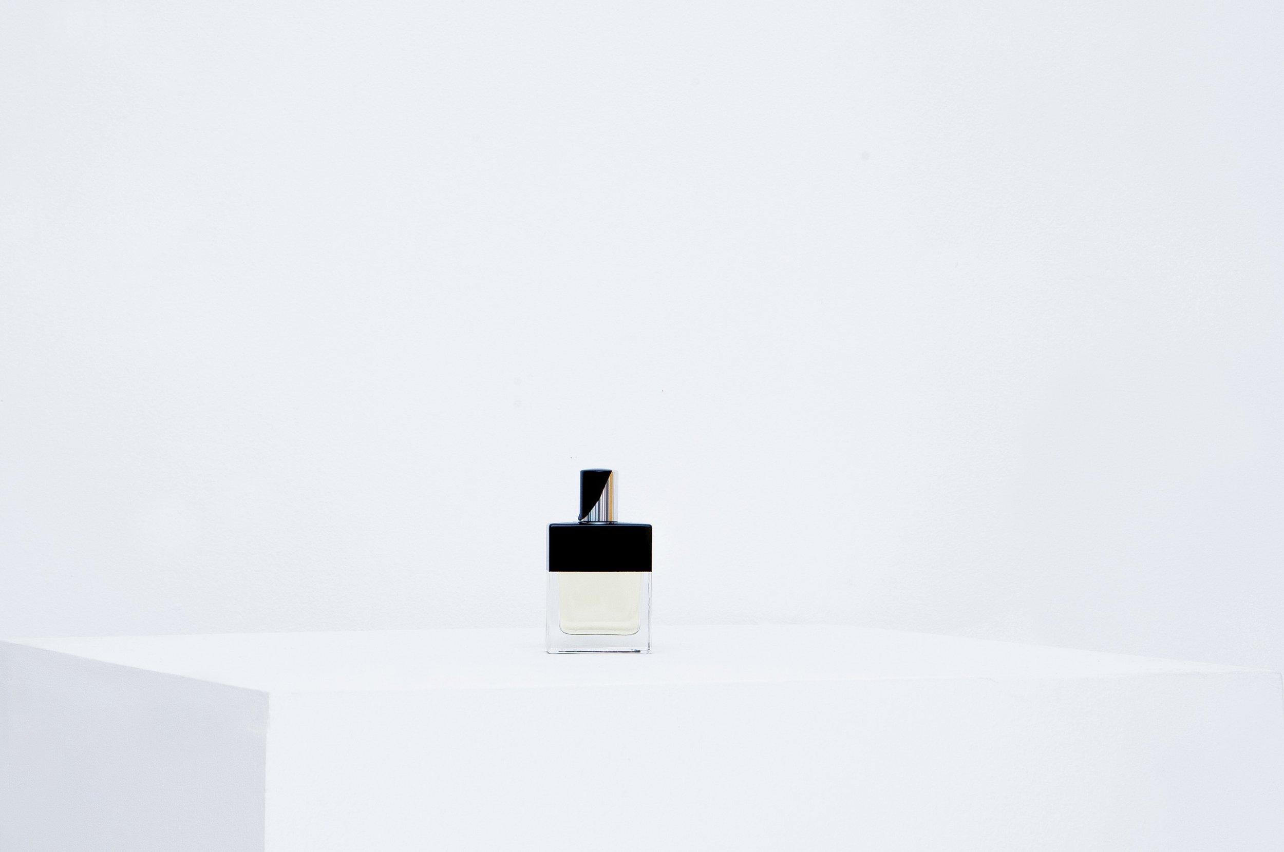 le-cinema-olfactif-duke-of-burgundy-perfume-folie-a-plusieurs-parfums.JPG