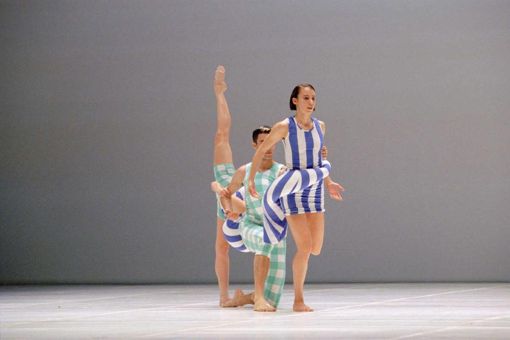 Folie-A-Plusieurs-Parfums-Merce-Cunningham-Performance-Dance-Movement-Fragrance-Comme-Des-Garcons