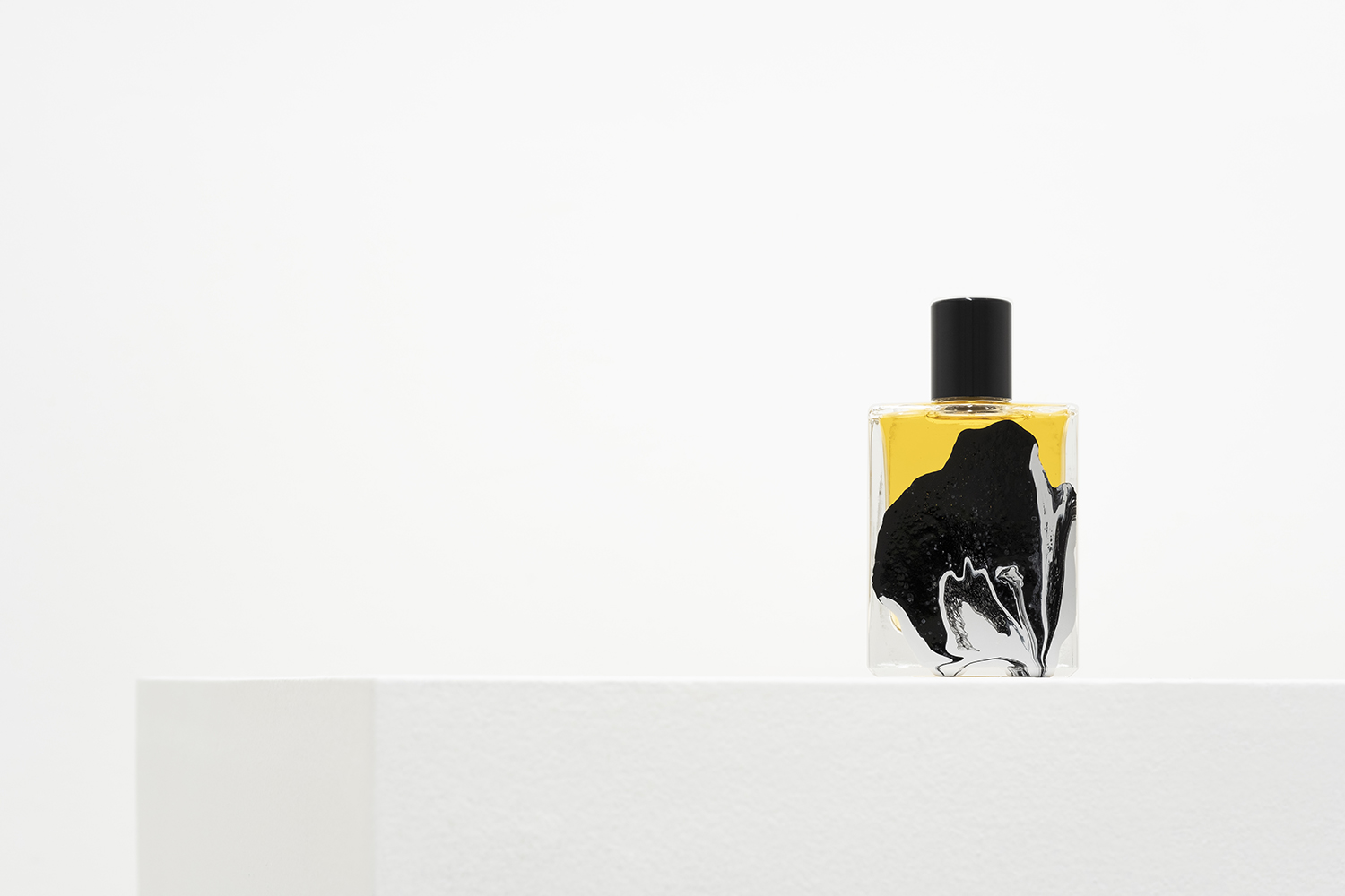 Liquid Sky Fragrance By Folie A Plusieurs Le Cinema Olfactif Film Series