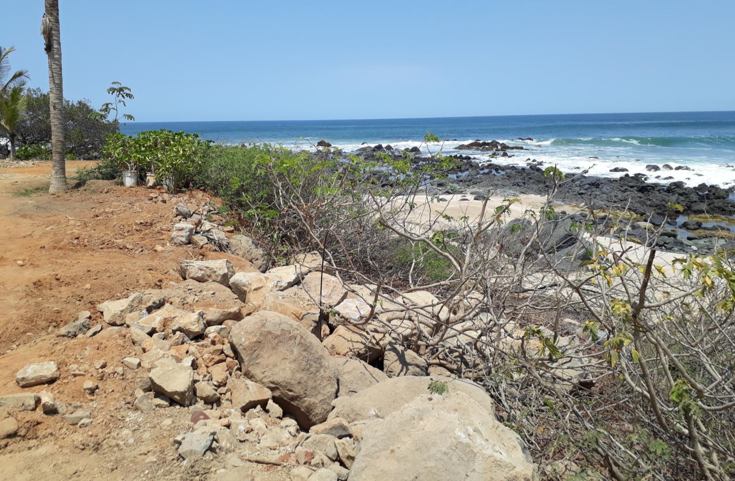 Beach Access Zaha 3