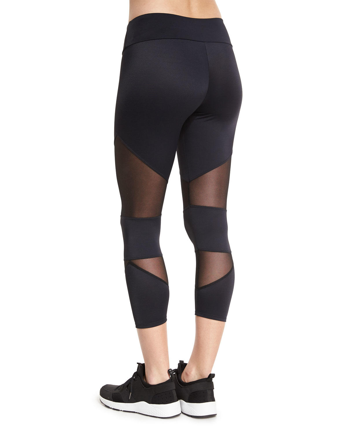 ONZIE CUTOUT CAPRI SPORT LEGGINGS