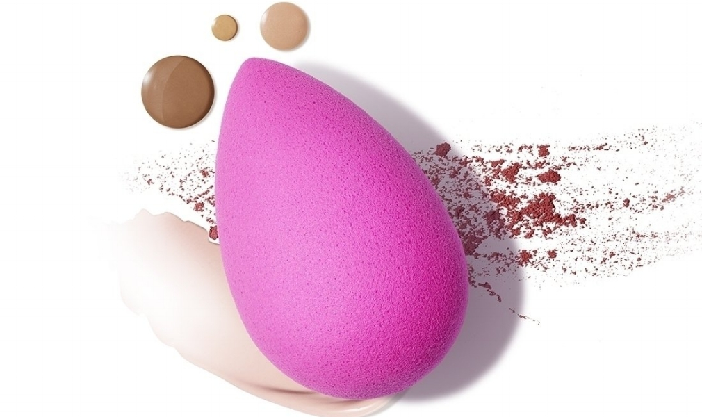 beautyblender_original_aerial_swatch_5301_1_4.jpg