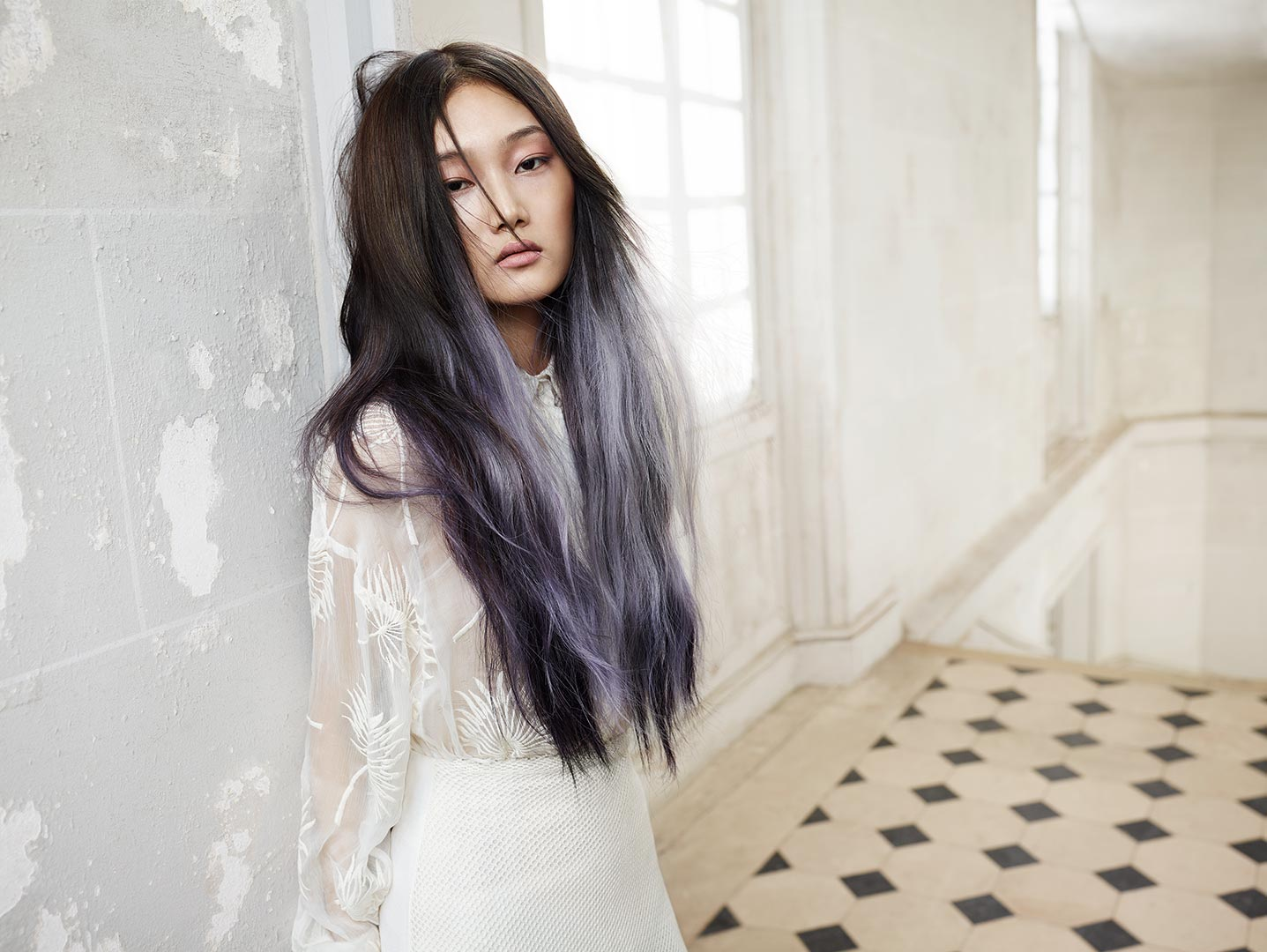 This very editorial interpretation of Bronde known as Vronde showcases light silvery, violet accents on a nearly-black base.