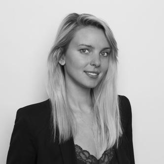 KAROLINA NURKIEWICZ  SALON BUSINESS EXECUTIVE
