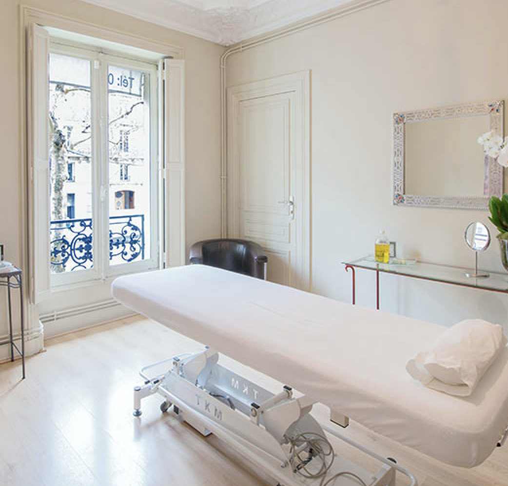 "Martine de Richeville's ""Remodelage technique"" is the best kept secret in Paris for staying slim"