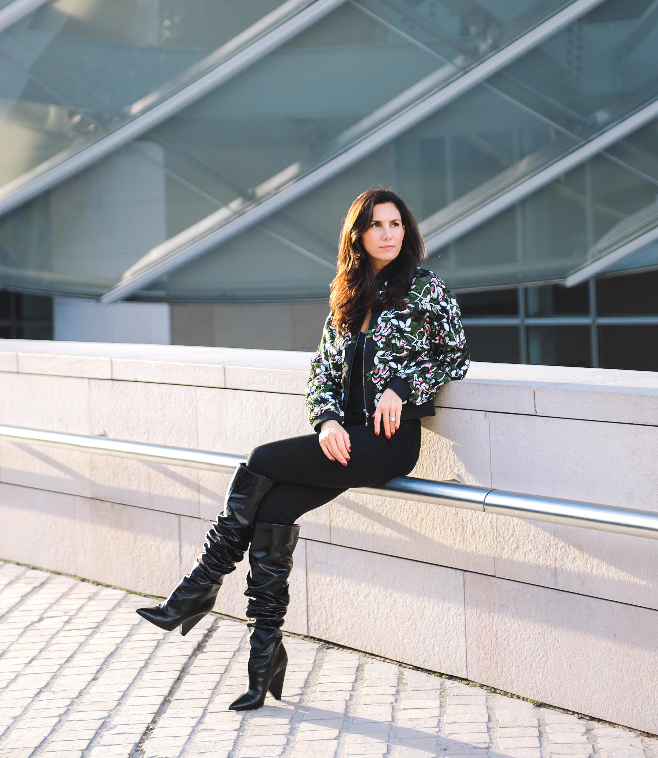ElisabethJonesHennssy-FoundationLouisVuitton-MomaParis-02.jpg