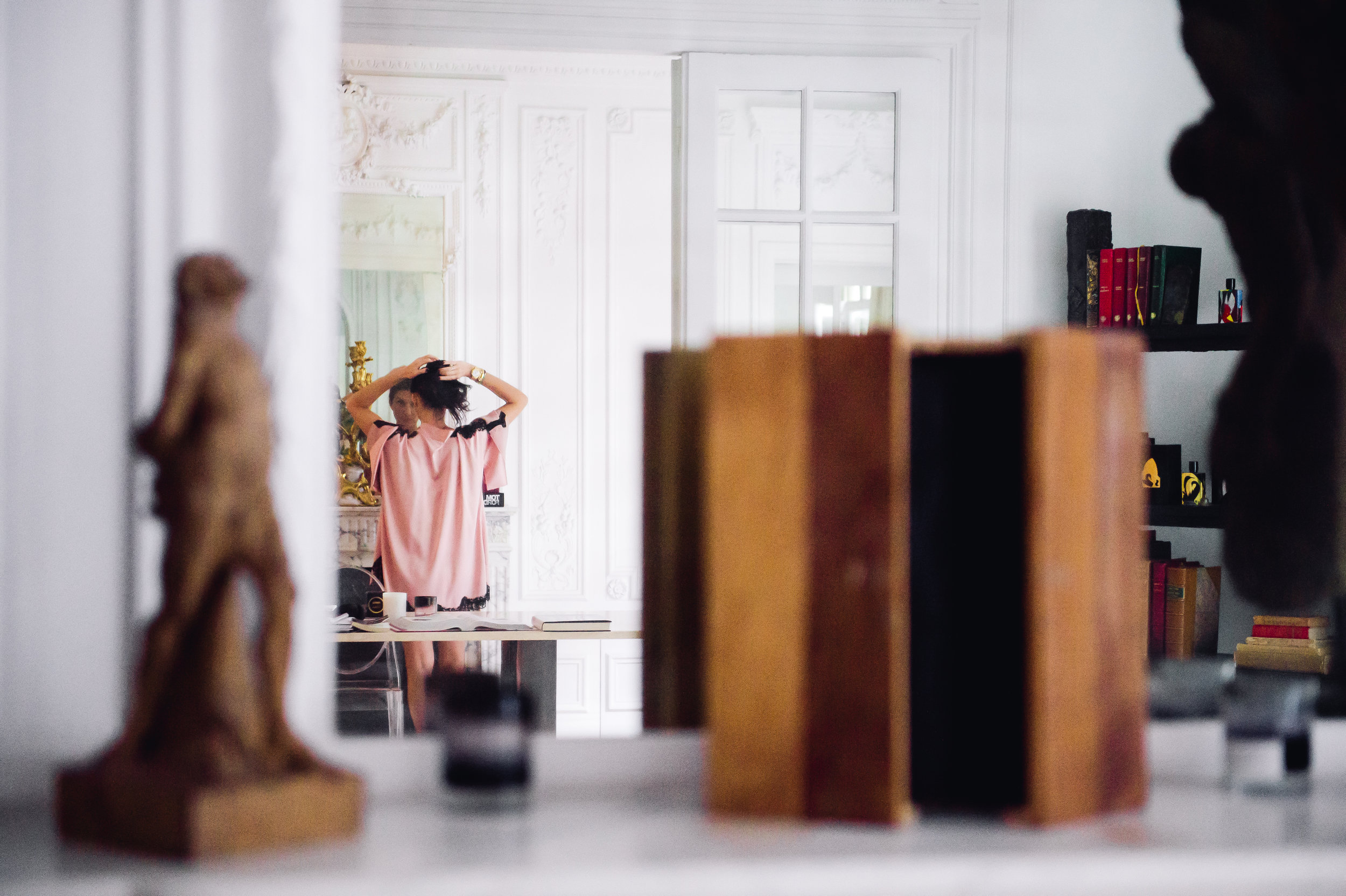 Elisabeth-Jones-Hennessy-Lingerie-Pajama-Paris-02