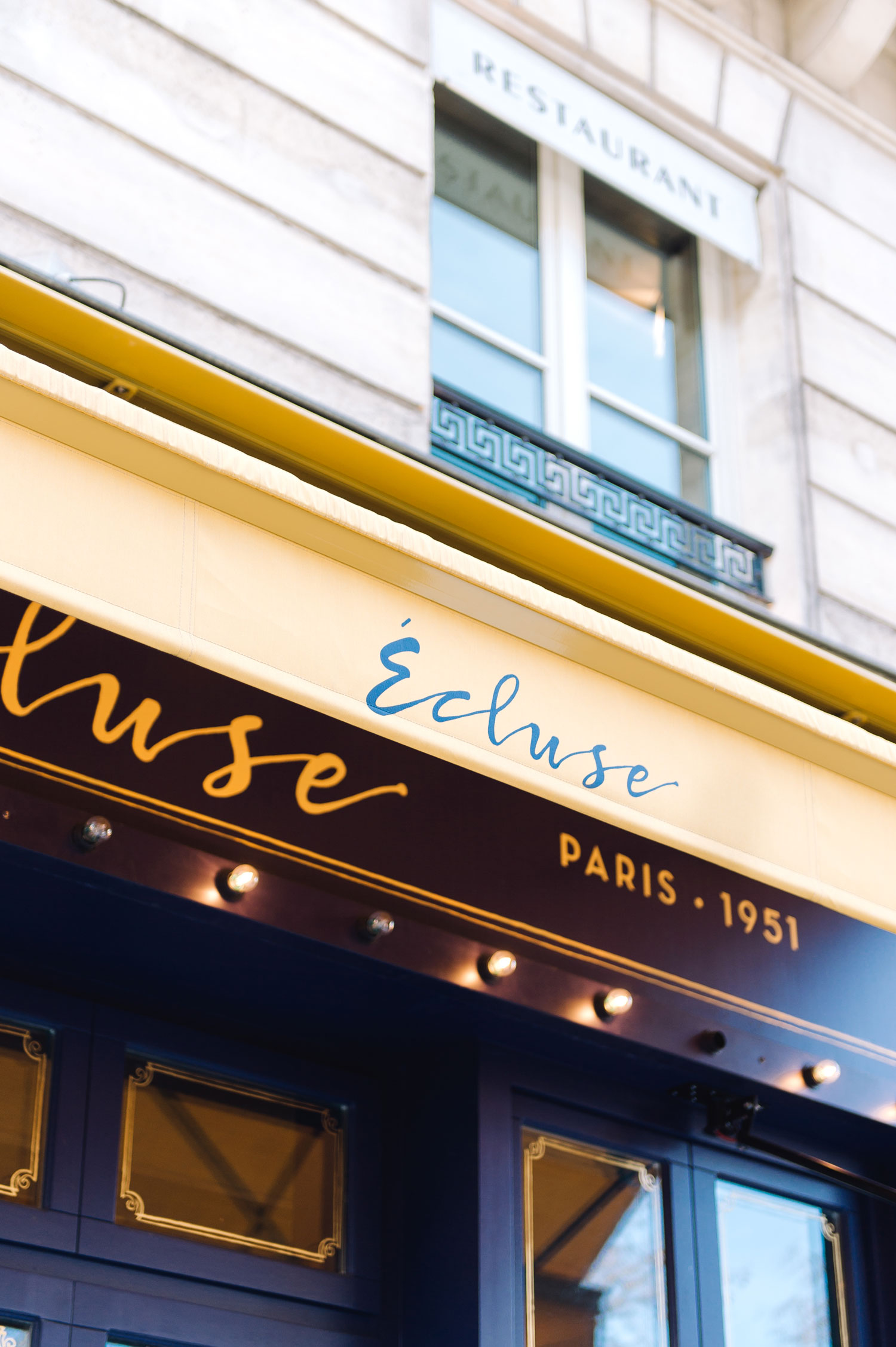 Elisabeth-Jones-Hennessy-Lecluse-Paris-05.jpg