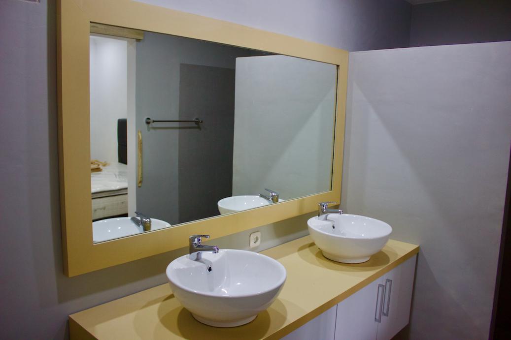 Basic Unit Bathroom