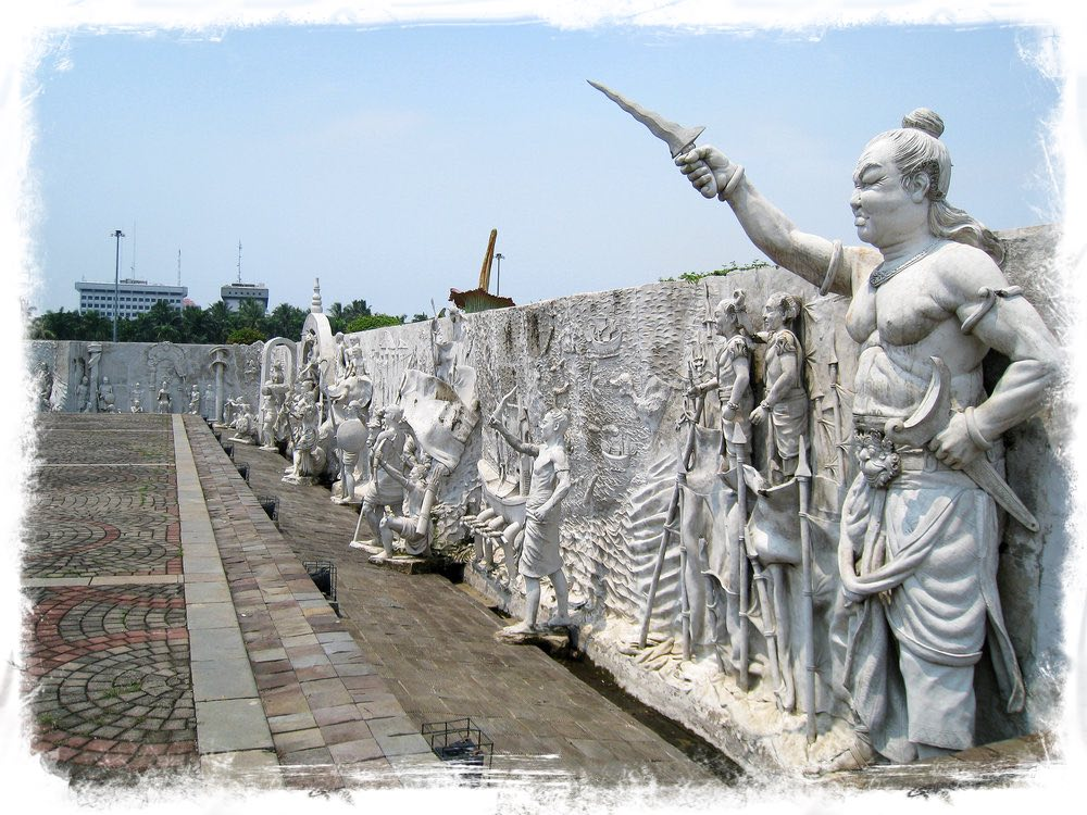 Gajah Mada Leading Troops into Battle