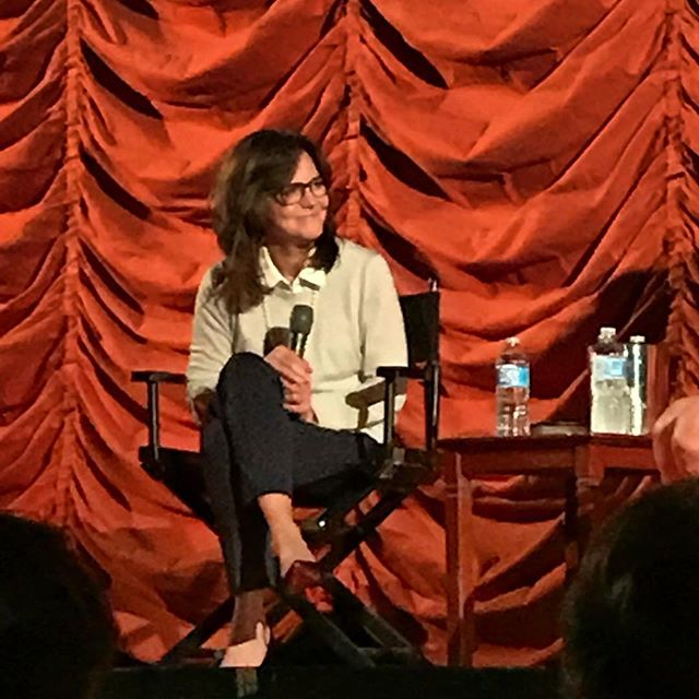 She really is as lovely as you think she would be. #sallyfield #chicago #musicbox #gidget #flyingnun #mrsdoubtfire #forrestgump #inpieces #booktour