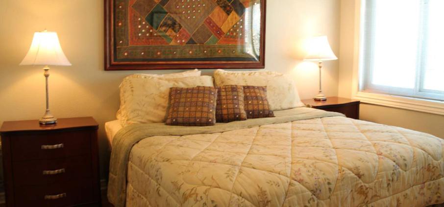 1406 Bedroom