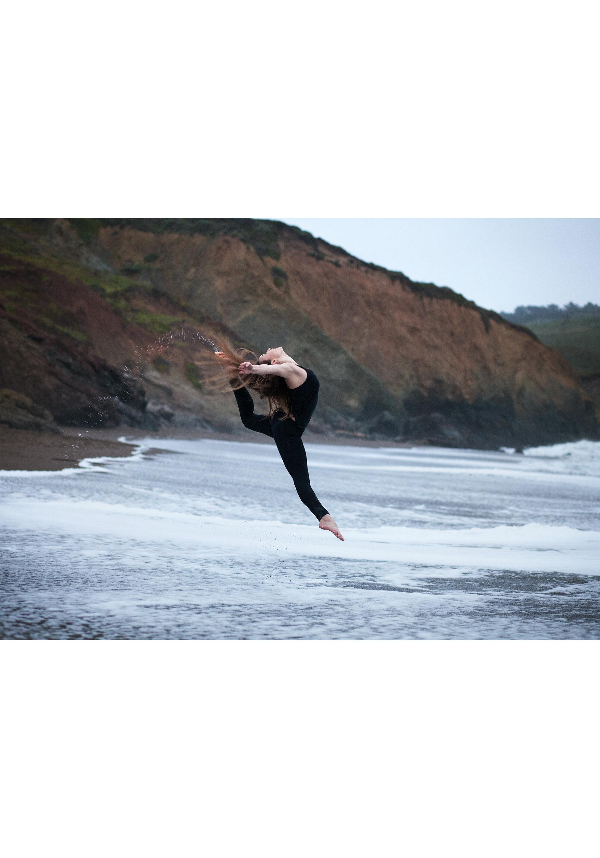 high school senior beach dance portrait session marin headlands