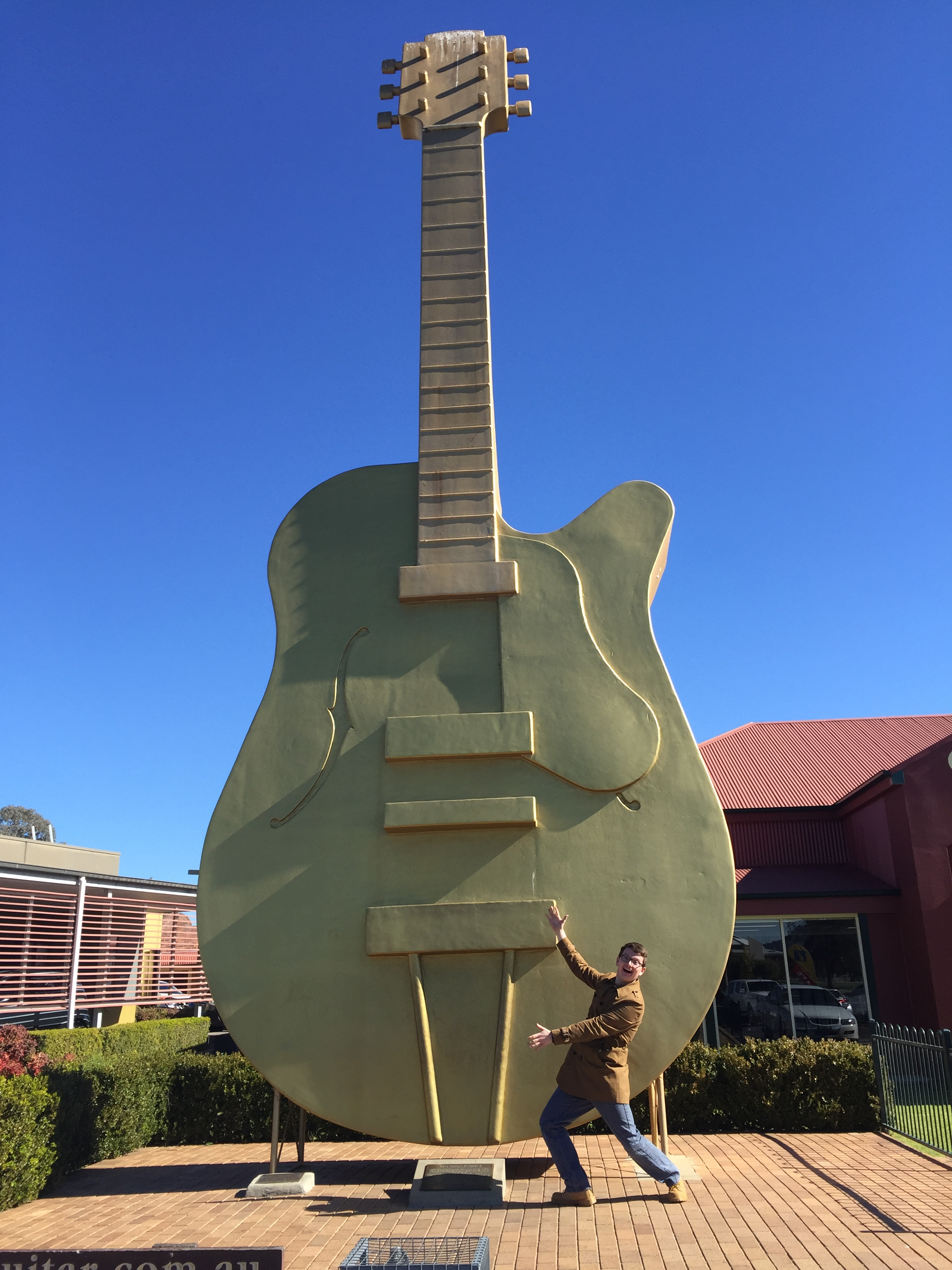 The Big Golden Guitar, Tamworth NSW. Photo: Peter Scott, © 2016.
