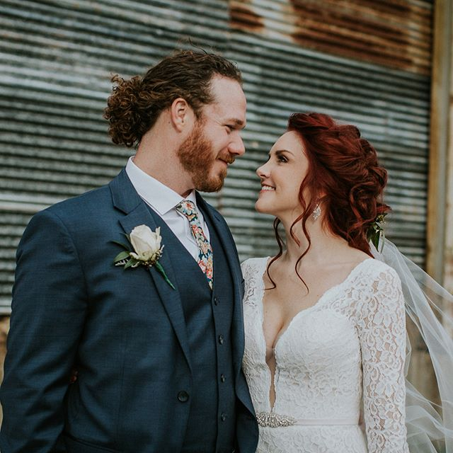 Completely Stunning ❤️ Makeup: @michaelafrancesartistry  #redhead #bridal #wedding #love #louisvillewedding #louisvillephotographer  #louisvilleweddingphotography #louisvillebride #kentuckywedding  #weddingphotography #risingtidesociety #photooftheday #lovebirds