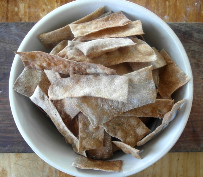 palm-oil-free-spelt-crackers-recipe.jpg