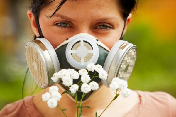 Synthetic fragrances can be damaging to our health.