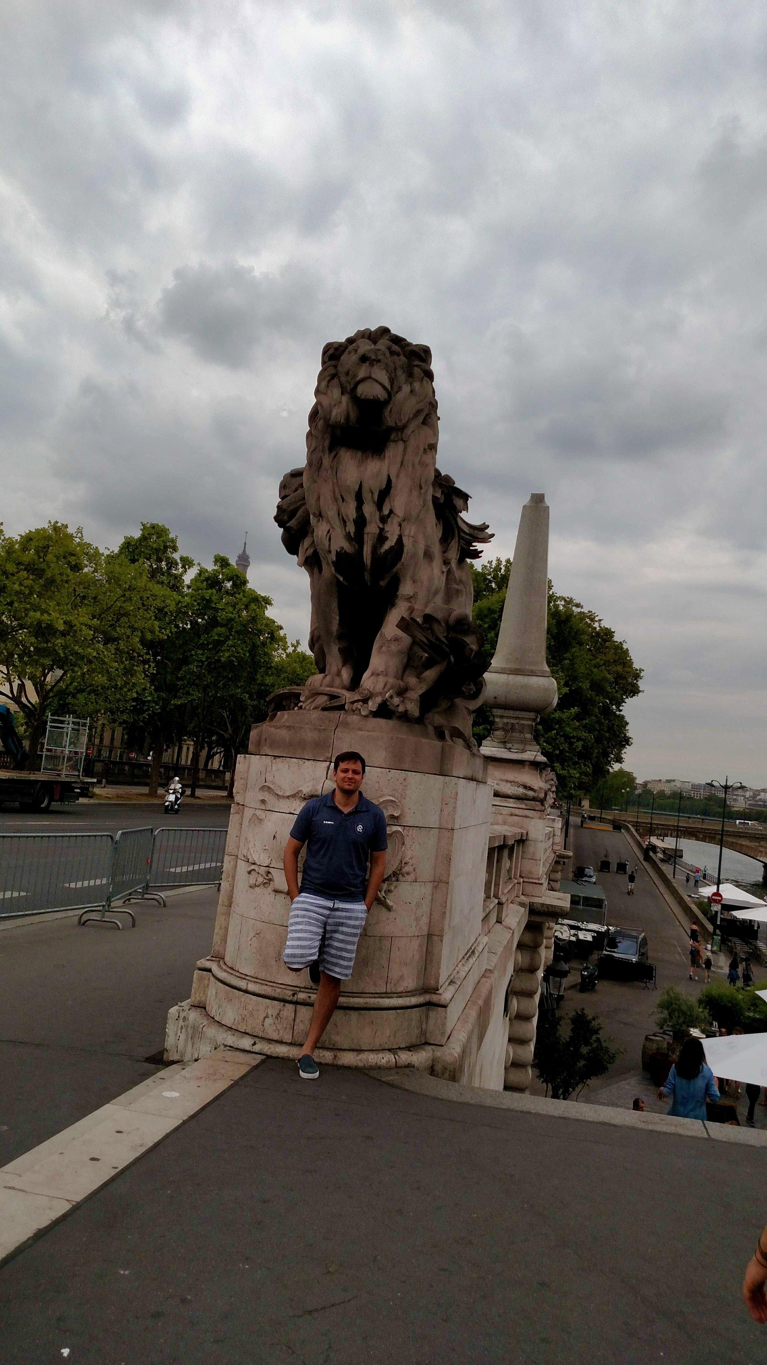 Leandro in Paris