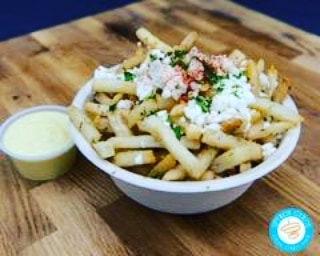 Come and try some of our garlic feta fries tonight in North Hollywood from 5 to 9 for @thefoodtruckcollective  Noho food truck night... on Magnolia Boulevard just east of the 170 freeway in North Hollywood. #foodtruck #Streetfood #greekfood #foodie #healthy #gyros #falafel #losangleles #delicious #thursdaynightout #greeksalad #garlicfetafries