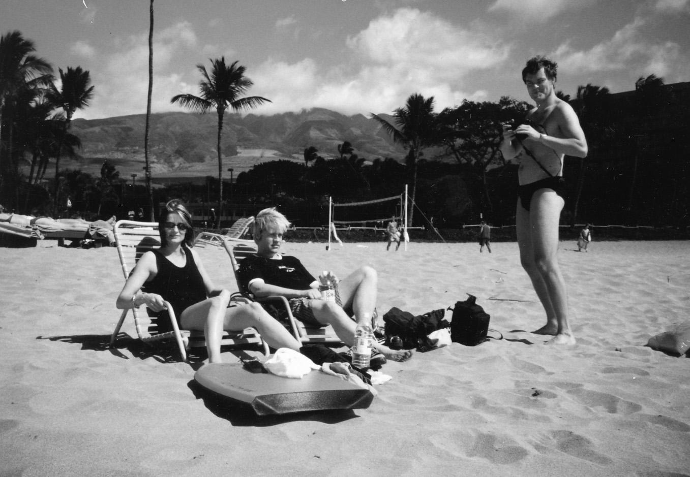 The good life. Marianne Søndergaard, Jam Poulsen, Thomas Søie Hansen, Maui, Hawaii. Februar 23, 1998. Photo: Henrik Tuxen.