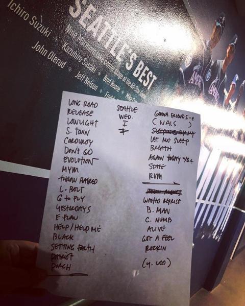 Setlist Seattle Night 1.