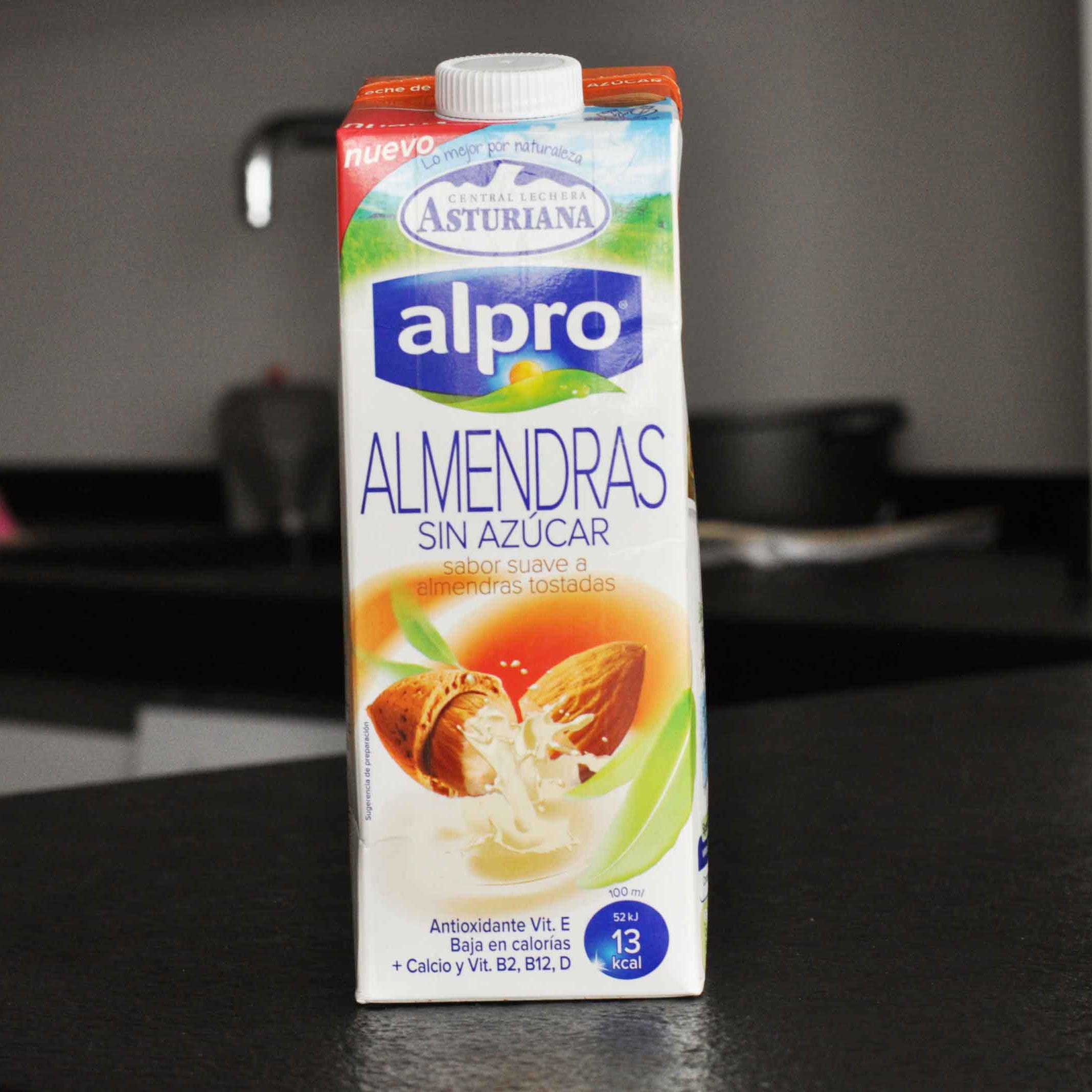alpro leche alemendras