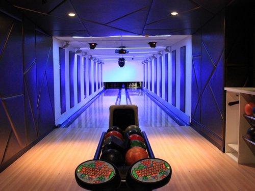 frames bowling lounge.jpg