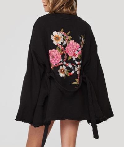 Cardigans/Kimonos