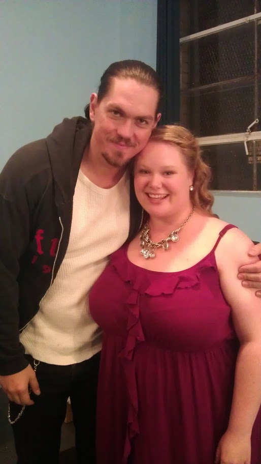 "Jen and co-star Steve Howey on the set of ""Love on the Run."""
