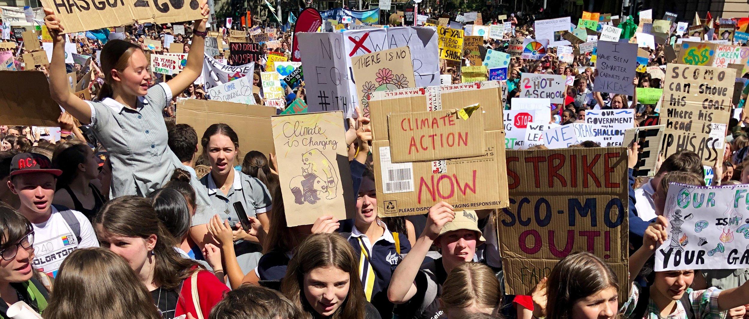 Melbourne_School_Strike_4_Climate_(33532146618)-2.jpg
