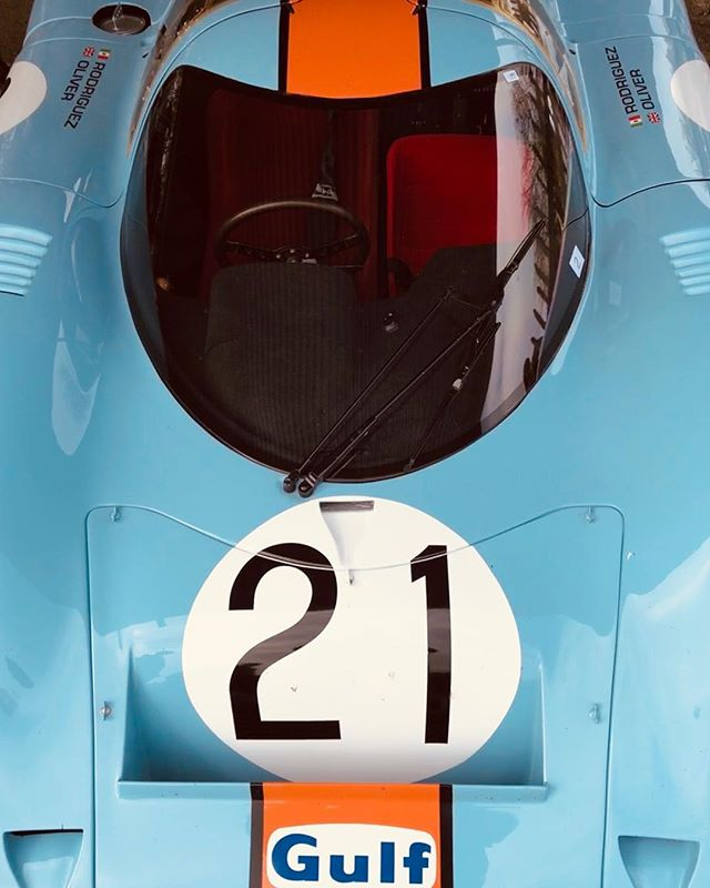 Fabulous day @goodwoodrrc for the 77th Members' Meeting. #porsche #porsche917 #motorracing