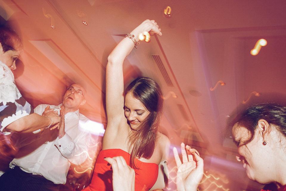 Wicklow_Wedding_Photographer_Druids_Glen_129.jpg