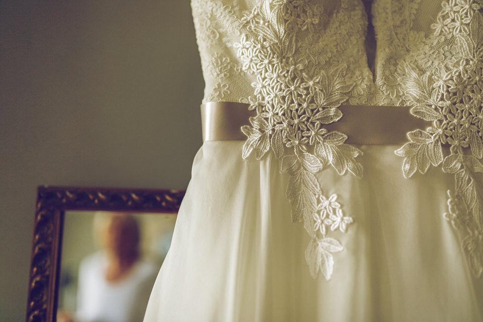 Wedding-photographer-wicklow-dublin_Ballyvolane_013.jpg