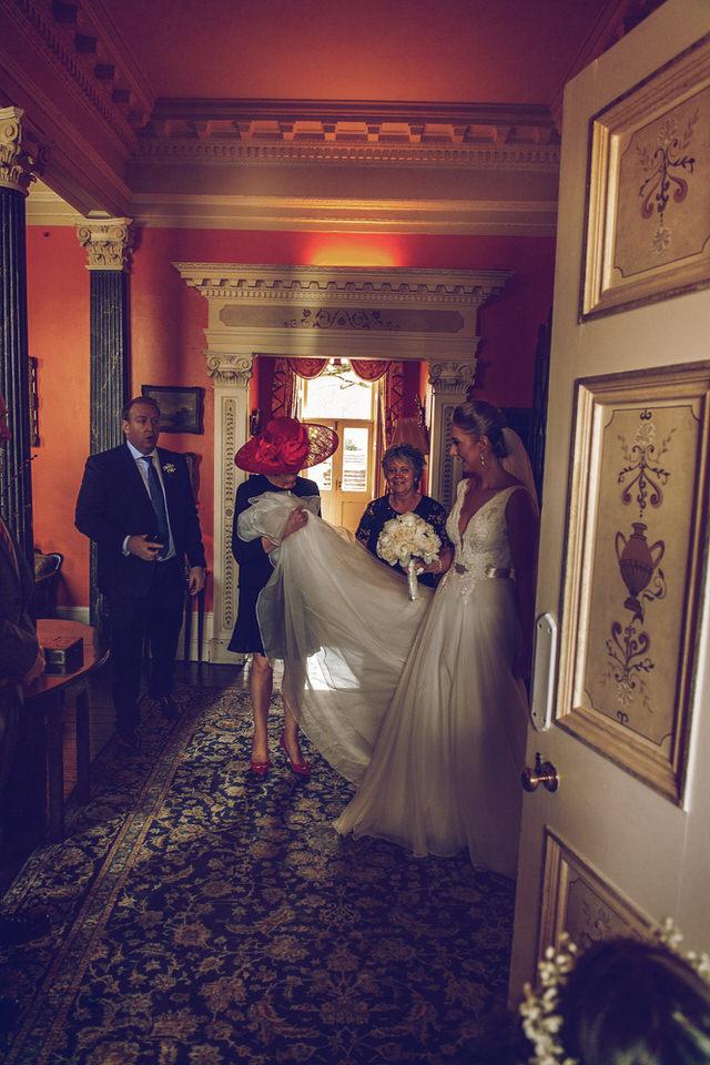 Wedding-photographer-wicklow-dublin_Ballyvolane_039.jpg
