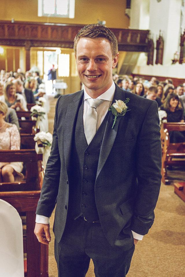 Wedding-photographer-wicklow-dublin_Ballyvolane_040.jpg