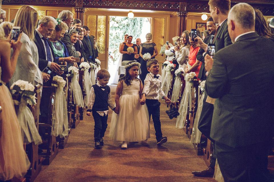 Wedding-photographer-wicklow-dublin_Ballyvolane_044.jpg