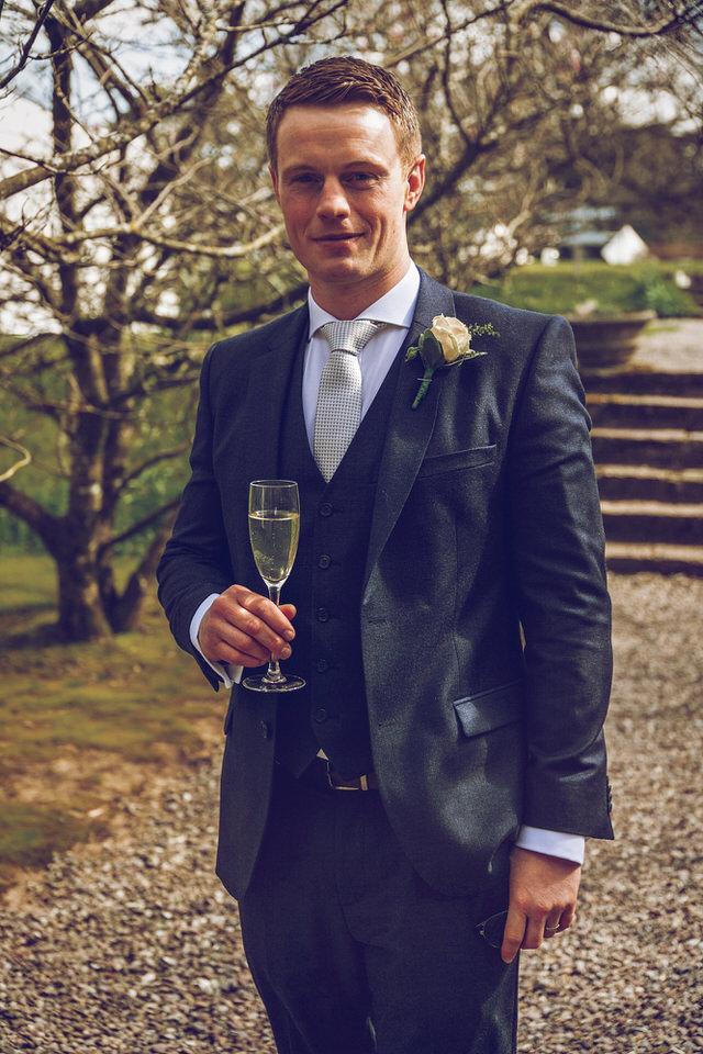 Wedding-photographer-wicklow-dublin_Ballyvolane_067.jpg